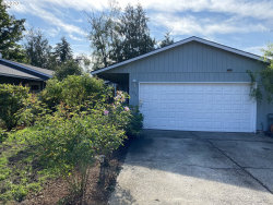 Photo of 275 NW CARY ST, Estacada, OR 97023 (MLS # 20496358)