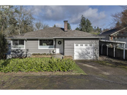 Photo of 11239 SW CAPITOL HWY, Portland, OR 97219 (MLS # 20510386)