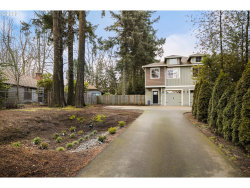 Photo of 5002 SW TAYLORS FERRY RD, Portland, OR 97219 (MLS # 20517587)