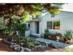 Photo of 3800 SW EVELYN ST, Portland, OR 97219 (MLS # 20531622)