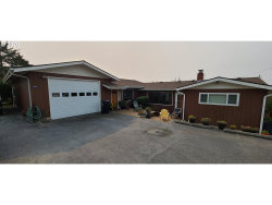 Photo of 29440 CYPRESS CT, Gold Beach, OR 97444 (MLS # 20539460)