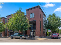 Photo of 1437 NW 22ND AVE , Unit 1, Portland, OR 97210 (MLS # 20549153)