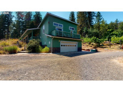 Photo of 892 MULBERRY LN, Roseburg, OR 97471 (MLS # 20552429)