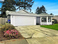 Photo of 520 VELOPA CT, Brookings, OR 97415 (MLS # 20562897)