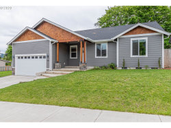 Photo of 1357 COTTONWOOD PL, Cottage Grove, OR 97424 (MLS # 20581313)
