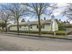 Photo of 4432 SE 70TH AVE, Portland, OR 97206 (MLS # 20609820)