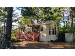 Photo of 35 EASY ST, Florence, OR 97439 (MLS # 20626014)