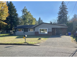 Photo of 2837 SE 151ST AVE, Portland, OR 97236 (MLS # 20636886)