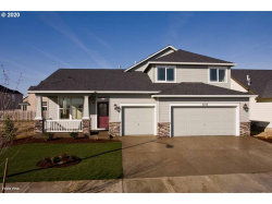 Photo of 688 STEWART DR, Molalla, OR 97038 (MLS # 20642469)