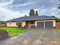 Photo of 582 PINEDALE AVE, Springfield, OR 97477 (MLS # 20673128)