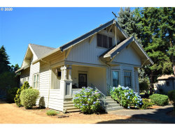 Photo of 988 E CLEVELAND ST, Woodburn, OR 97071 (MLS # 20689444)