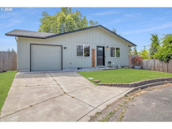 Photo of 10 SHEFFIELD CT, Eugene, OR 97402 (MLS # 20694666)