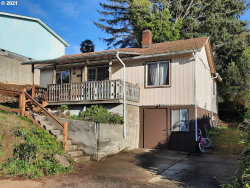 Photo of 538 11TH AVE, Coos Bay, OR 97420 (MLS # 21469520)