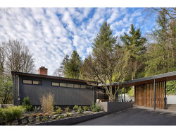 Photo of 728 NW SKYLINE BLVD, Portland, OR 97229 (MLS # 21664475)