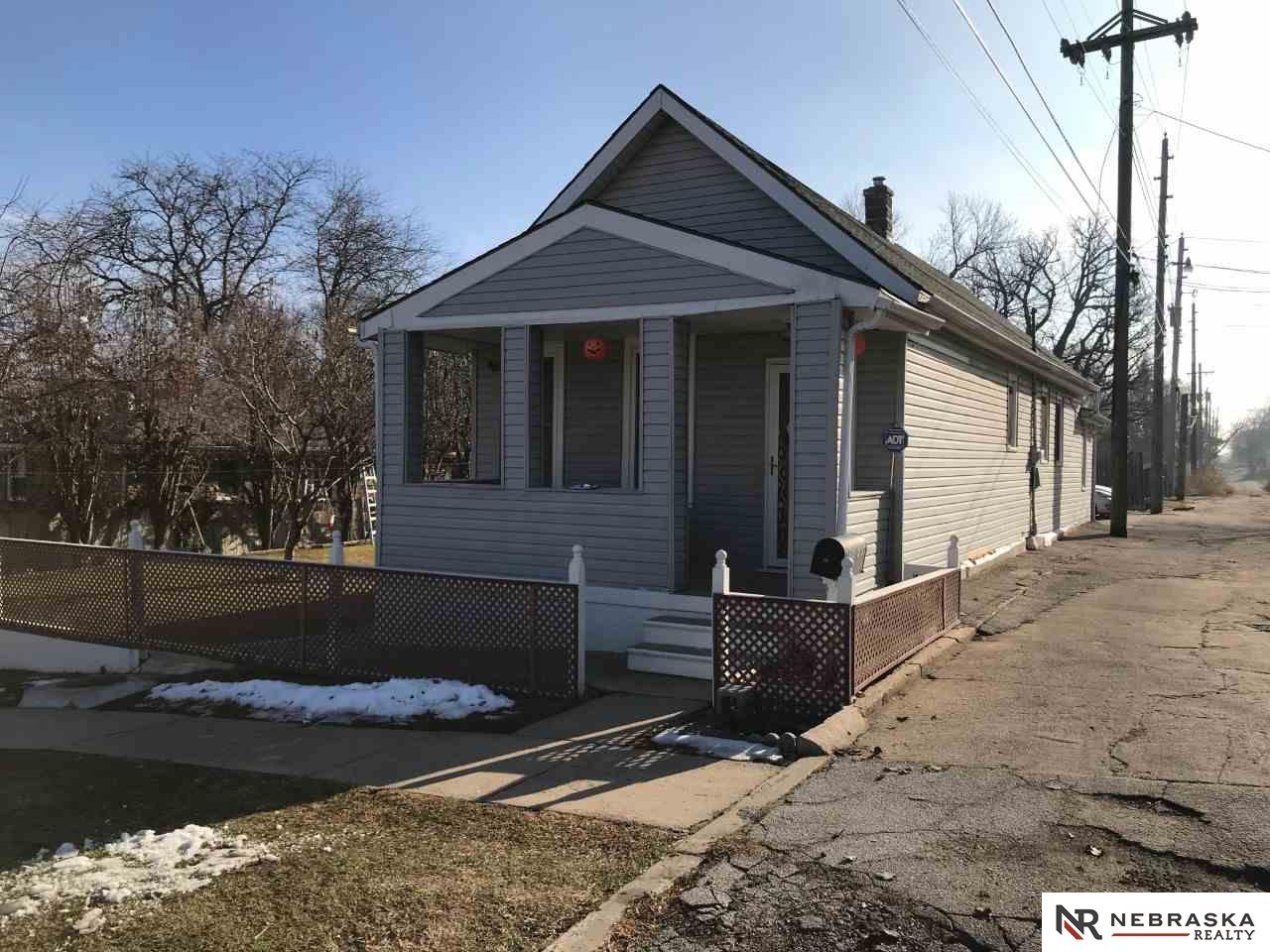 Photo for 1909 Q Street, Omaha, NE 68107 (MLS # 21901127)