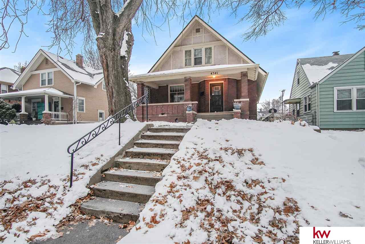 Photo for 4341 Seward Street, Omaha, NE 68111 (MLS # 21901222)