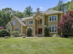 Photo of 17 High Ridge Circle, Franklin, MA 02038 (MLS # 72509691)