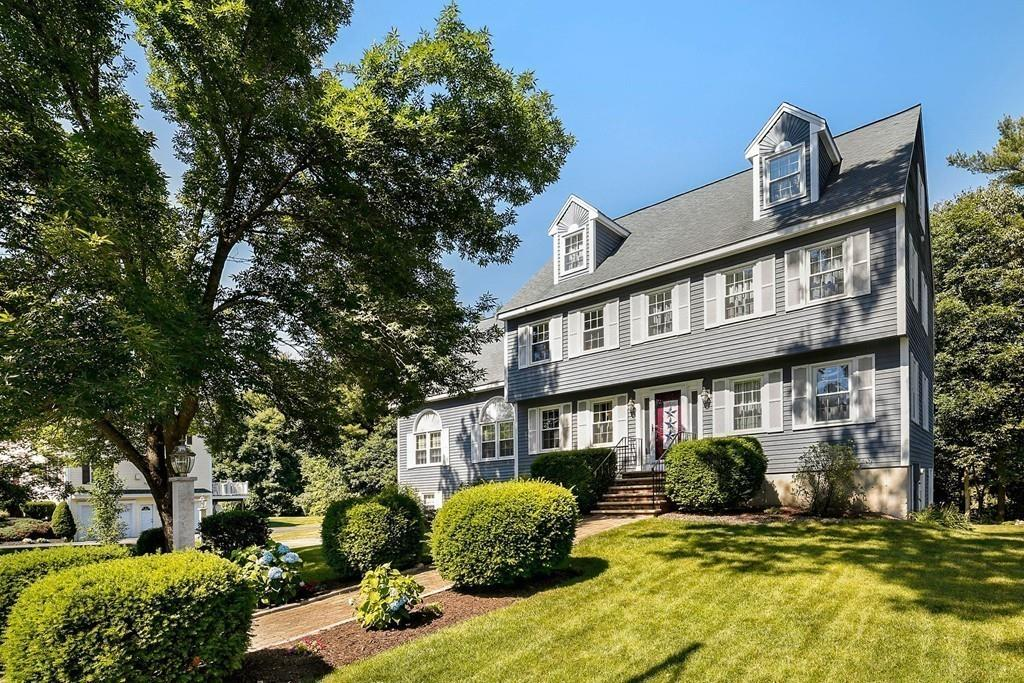 Photo for 7 Castle Dr, Wilmington, MA 01887 (MLS # 72531542)