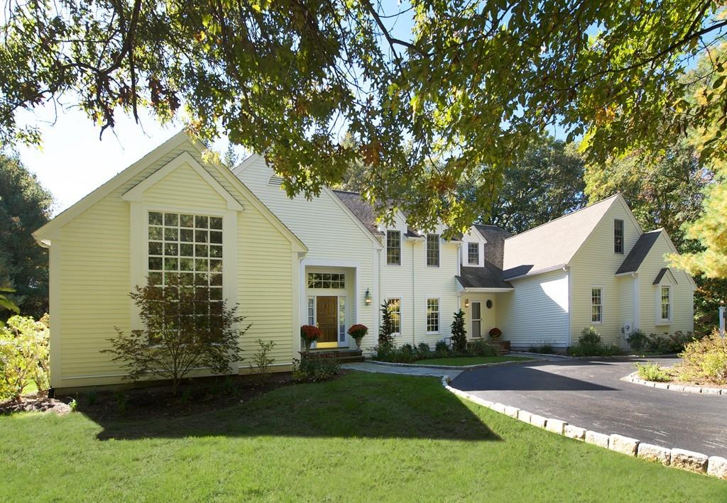 Photo for 500 South Ave, Weston, MA 02493 (MLS # 72535302)