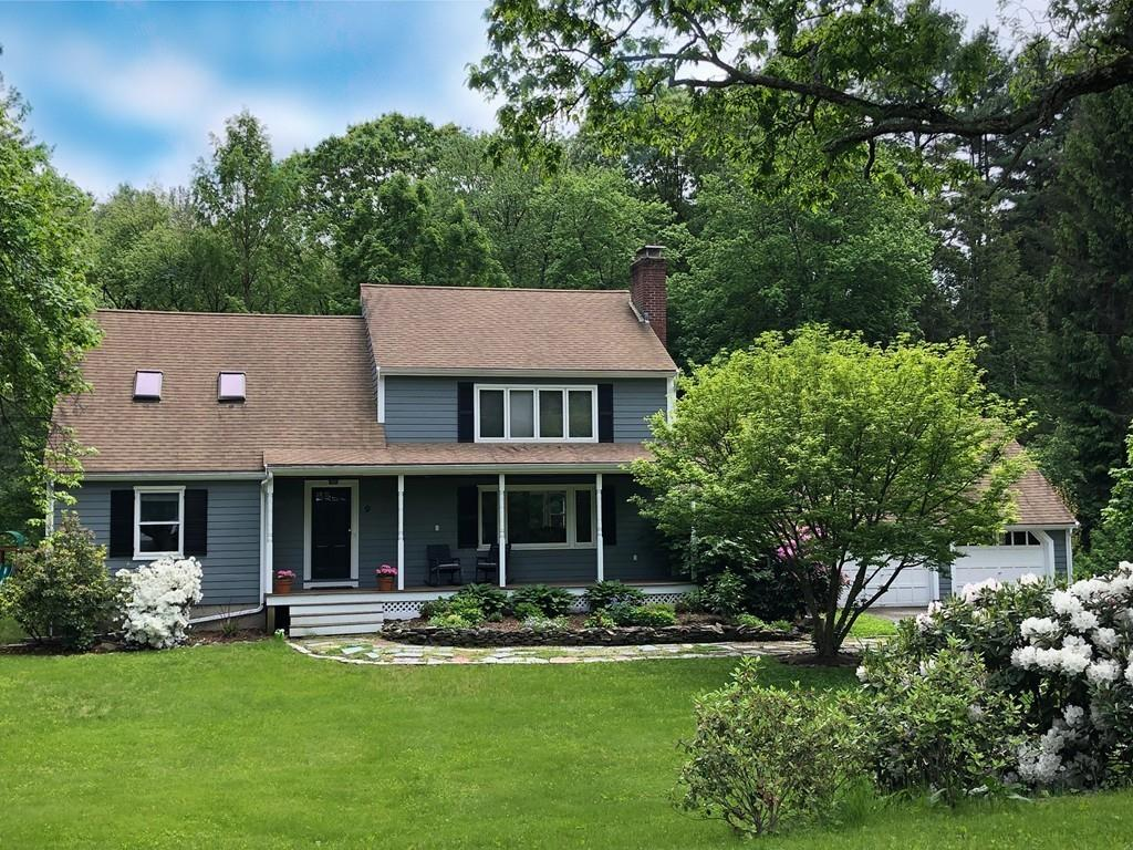 Photo for 9 Giles Road, Lincoln, MA 01773 (MLS # 72545468)