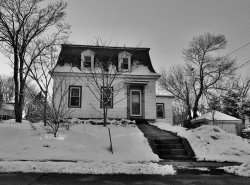 Photo of 156 Vernon St, Gardner, MA 01440 (MLS # 72560108)