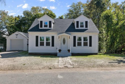 Photo of 6 Oak Knoll Ave, Chelmsford, MA 01824 (MLS # 72568742)