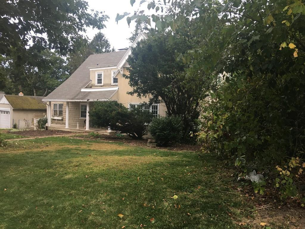 Photo for 3 Thornton Rd, Worcester, MA 01606 (MLS # 72579397)