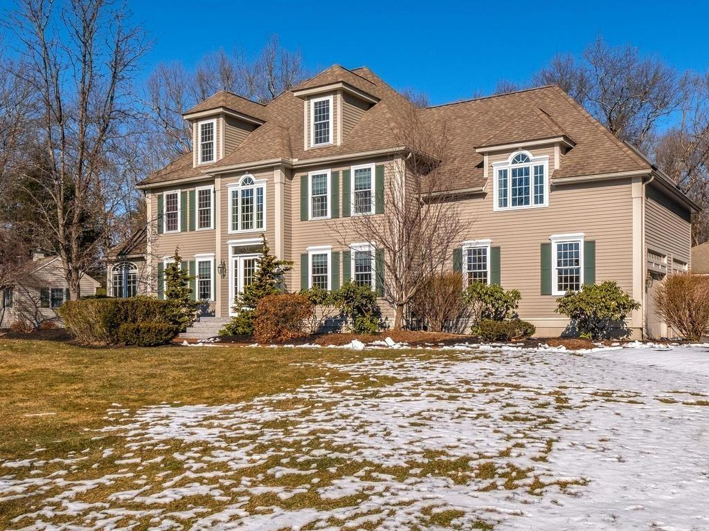 Photo for 82 New Pond Rd, Groton, MA 01450 (MLS # 72623942)