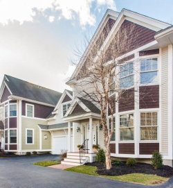 Photo of 5 Thurston Pl, Unit 5, Medfield, MA 02052 (MLS # 72628873)