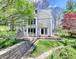 Photo of 11 Juniper Ridge, Lincoln, MA 01773 (MLS # 72656515)
