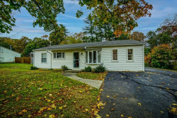 Photo of 516 Beech St, Rockland, MA 02370 (MLS # 72750013)