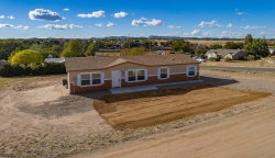 Photo of 998 Middle Drive, Chino Valley, AZ 86323 (MLS # 1014364)