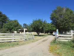 Photo of 12350 W Copper Basin Road, Skull Valley, AZ 86338 (MLS # 990470)