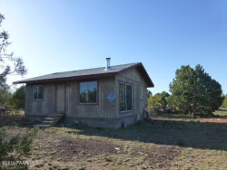 Photo of 39395 N Kimlee Drive, Ash Fork, AZ 86320 (MLS # 996726)