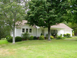 Photo of 421 Lakeview Drive, Fairfield Glade, TN 38558 (MLS # 1011853)