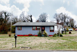 Photo of 2935 Boyds Bridge Pike, Knoxville, TN 37914 (MLS # 1031530)