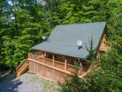 Photo of 3205 Stepping Stone Drive, Sevierville, TN 37862 (MLS # 1041865)