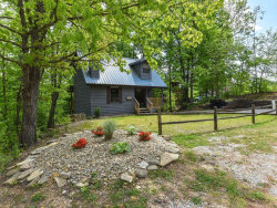 Photo of 638 Oaks View Circle A & B, Pigeon Forge, TN 37863 (MLS # 1057255)