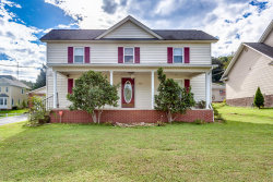 Photo of 209 W Spring St, Oliver Springs, TN 37840 (MLS # 1058816)