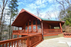 Photo of 4040 Hickory Hollow Way, Sevierville, TN 37862 (MLS # 1059608)