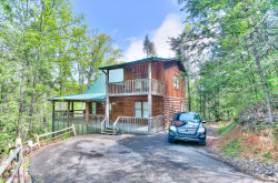 Photo of 733 Ski View Lane, Sevierville, TN 37876 (MLS # 1063751)