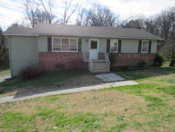 Photo of 814 Goldfinch Ave, Knoxville, TN 37920 (MLS # 1064727)