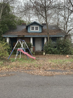 Photo of 2605 Nw Chillicothe St, Knoxville, TN 37921 (MLS # 1065654)