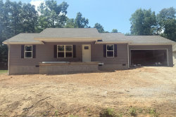 Photo of 1010 Pahue Drive, Crossville, TN 38572 (MLS # 1080547)