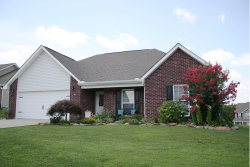Photo of 1123 Cherbourg Drive, Maryville, TN 37801 (MLS # 1086691)