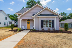 Photo of 218 Hillcrest St, Clinton, TN 37716 (MLS # 1088749)