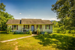 Photo of 207 Carver Rd, Rogersville, TN 37857 (MLS # 1091646)