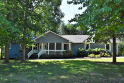 Photo of 101 Stonewood Drive, Fairfield Glade, TN 38558 (MLS # 1092955)