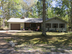 Photo of 105 Hillindale Drive, Fairfield Glade, TN 38558 (MLS # 1097727)