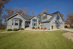Photo of 49 Bluff View Terrace, Fairfield Glade, TN 38558 (MLS # 1101363)